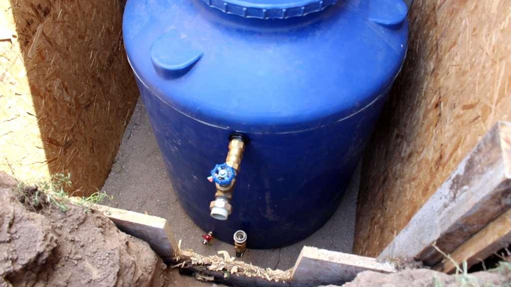 Резервуар для автономного водоснабжения дома