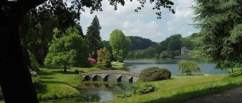 Мост через речку фото